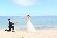 海でプロポーズ